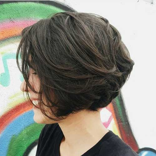 Short Layered Hairstyles for Thick Hair-10
