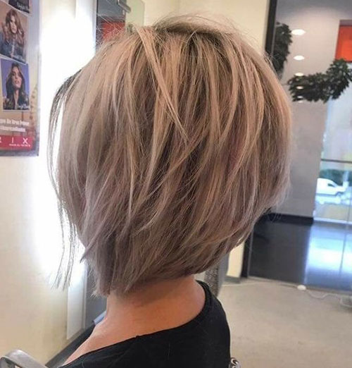 Short Layered Hairstyles for Thick Hair-13