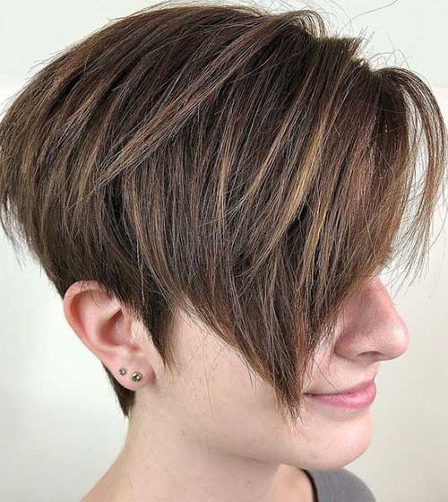 Short Layered Hairstyles for Thick Hair-16