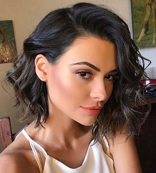 Christmas Party Hairstyles for Short Hair-17