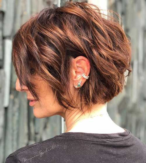Short Layered Hairstyles for Thick Hair-18