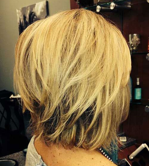 Short Layered Hairstyles for Thick Hair-8