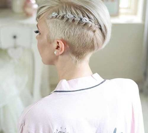 13 Chic Pixie Cut Wedding Hairstyles