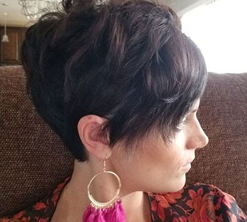 20 Superb Short Layered Hair for Thick Hair
