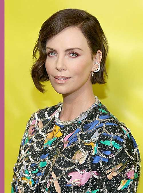 Charlize Theron Short Hairstyles-15