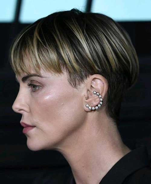 Charlize Theron Short Hairstyles-16
