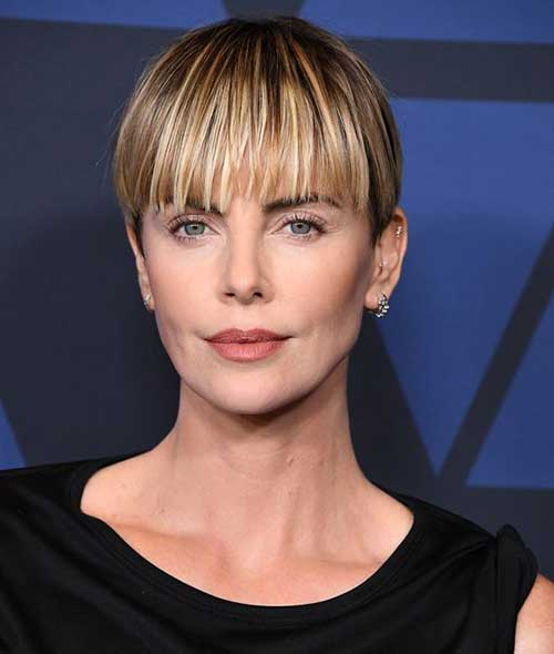 Charlize Theron Short Hairstyles-18
