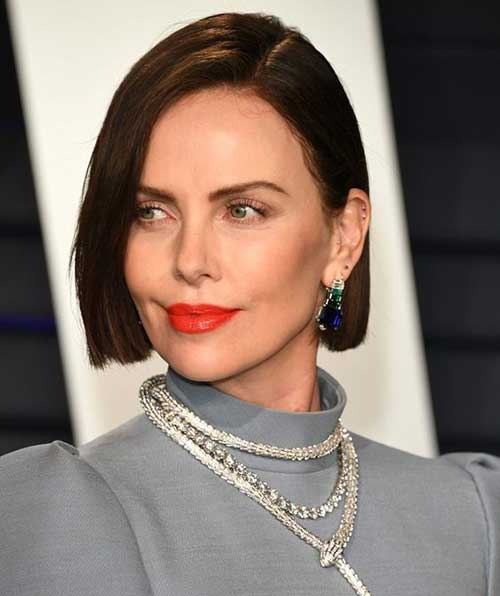 Charlize Theron Short Hairstyles-20