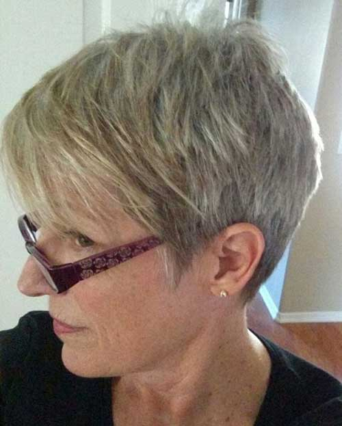 25 Best Short Haircuts For Older Women With Thin Hair Short Hairdo