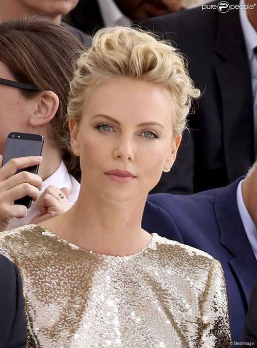 Charlize Theron Short Hairstyles-7