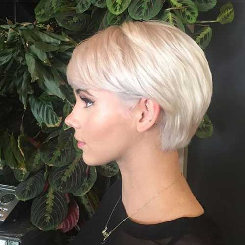 White Pixie Haircuts for Women-13