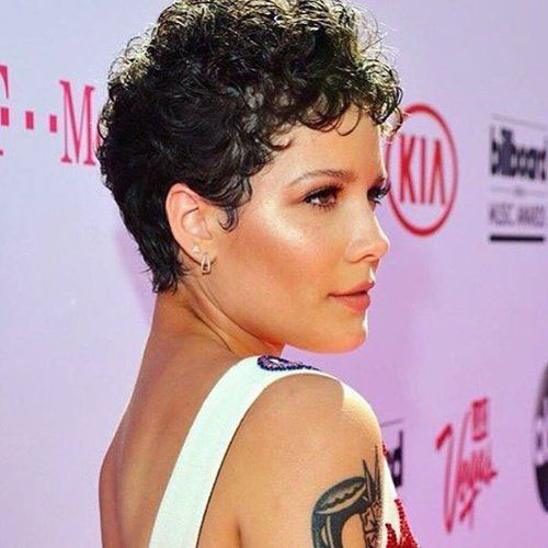 Short Natural Curly Thin Hairstyles-7