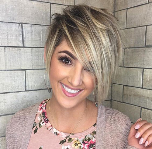 Short Medium Layered Haircuts-20