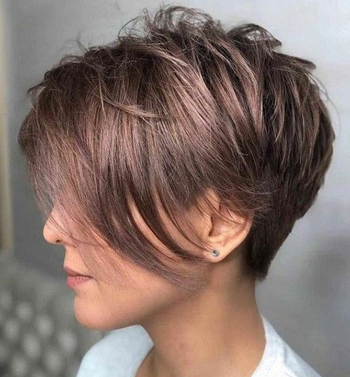 Short Medium Layered Haircuts-25